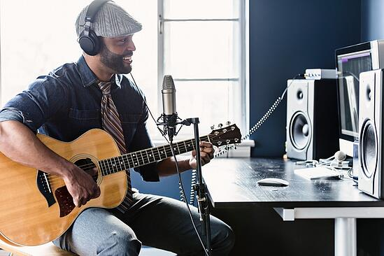 Atlanta Institute of Music and Media | Guitar Program