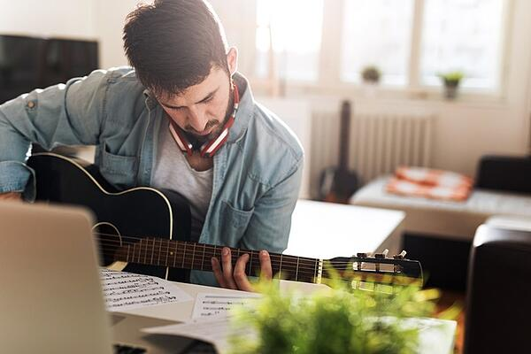 What is an online music certificate