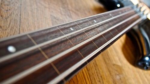Fretless Bass | Intonation | Sliding Harmonics