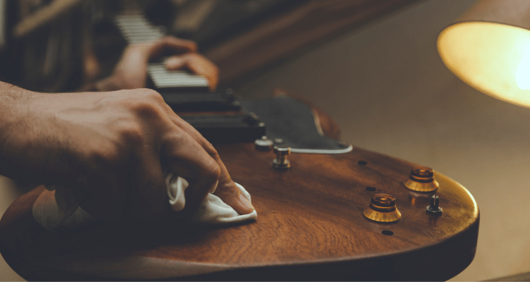 how to polish your guitar