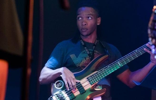 bass-guitar-school-near-me-cherry-log