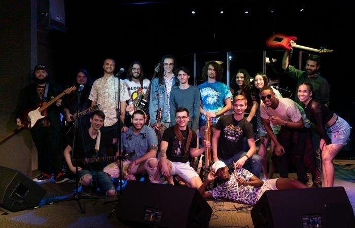 union-city-bass-guitar-music-college