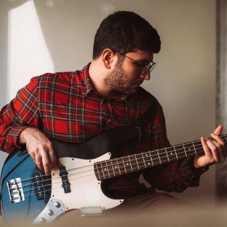 Bass Guitar India Program