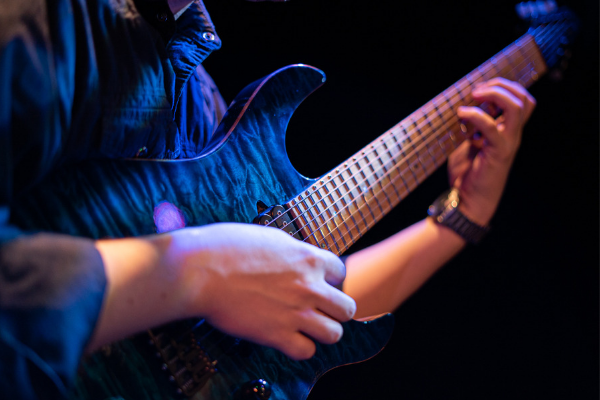 Music and Technology Associate Degree with a Focus in Guitar